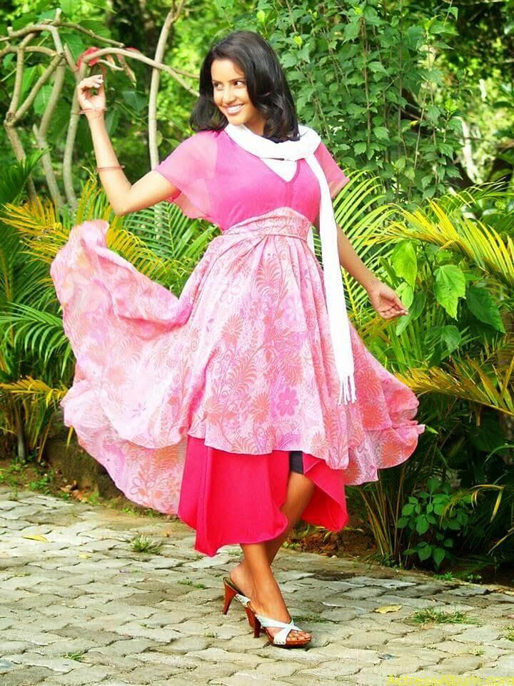 Priya anand latest hot stills (5)