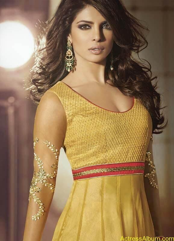Priyanka Chopra new look  (1)