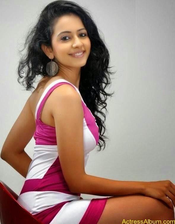 Rakul Preet Singh hot and spicy photo shoot (4)