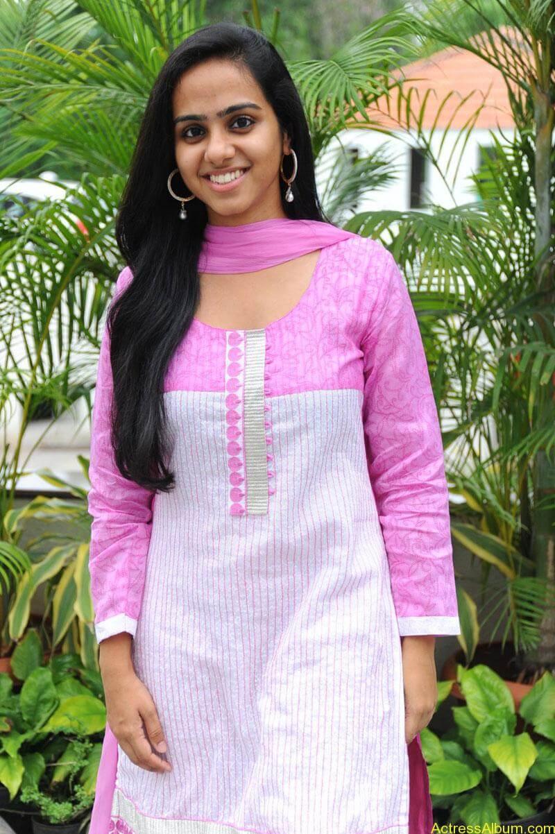 Rashmi hot stills (1)