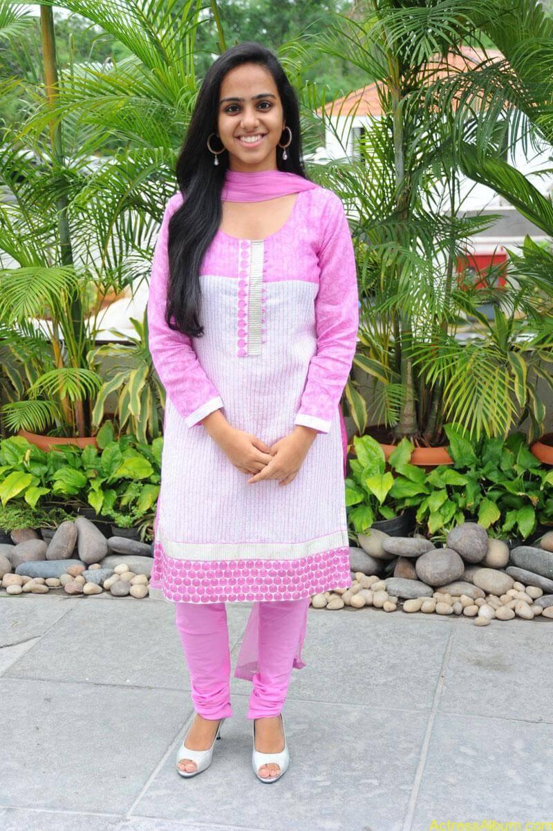 Rashmi hot stills (4)