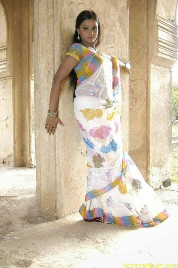 Remya nambeesan cute hot photos stills (13)