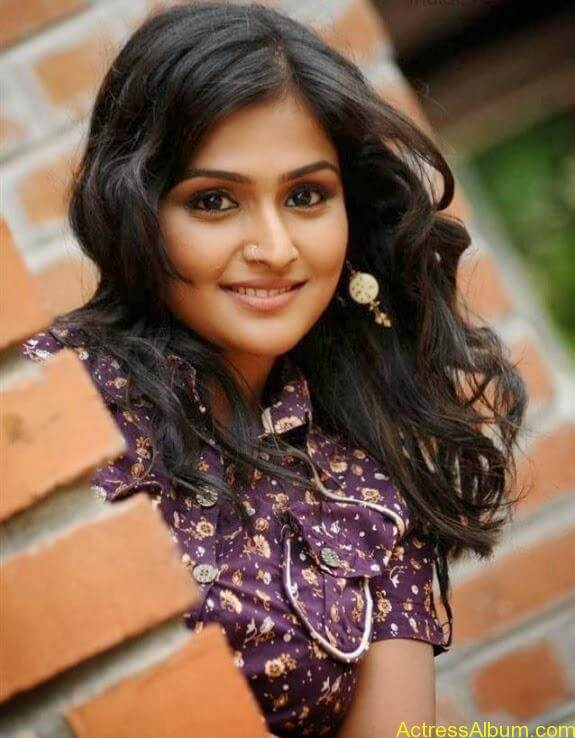 Remya nambeesan cute hot photos stills (14)