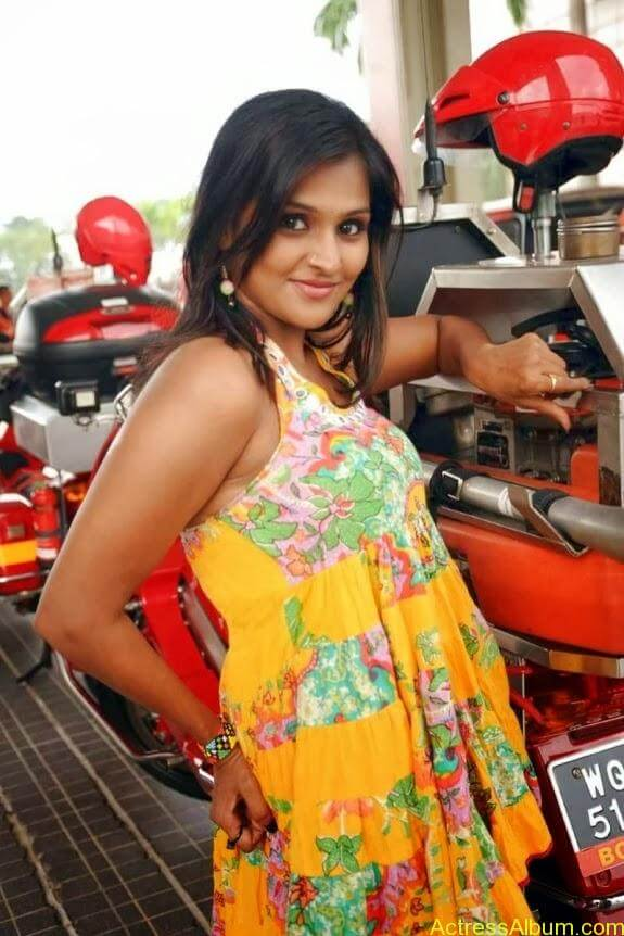 Remya nambeesan cute hot photos stills (30)