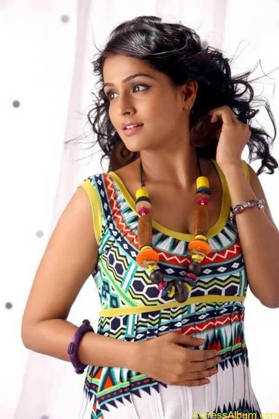 Remya nambeesan cute hot photos stills (31)