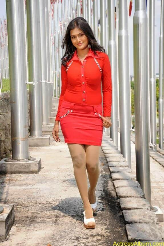 Remya nambeesan cute hot photos stills (32)