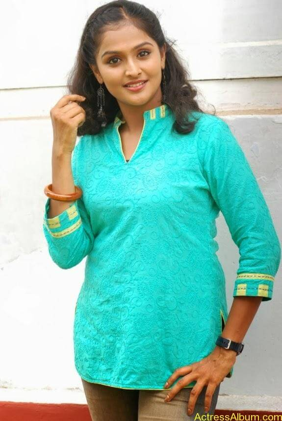 Remya nambeesan cute hot photos stills (35)