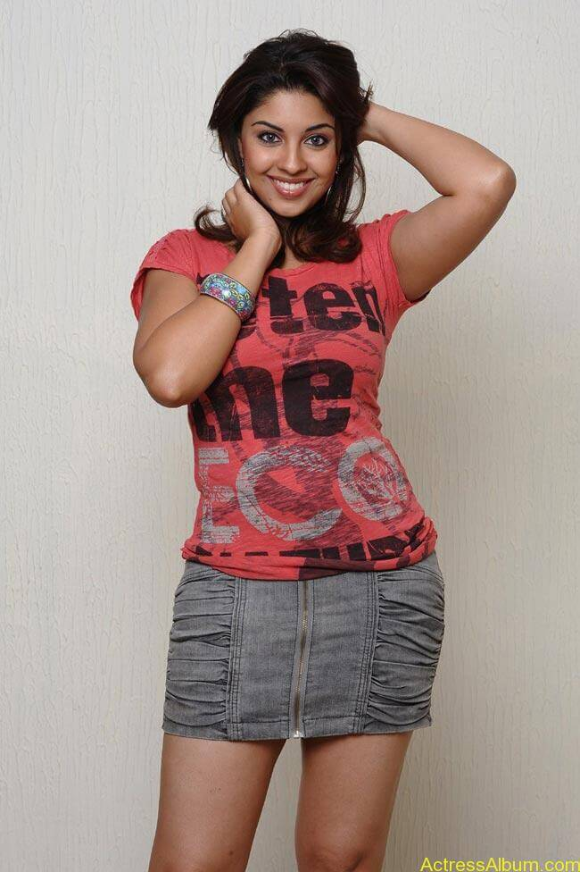 Richa Gangopadhyay Hot Photos