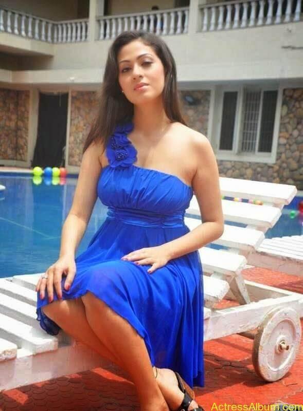 Satha latest hot stills (9)