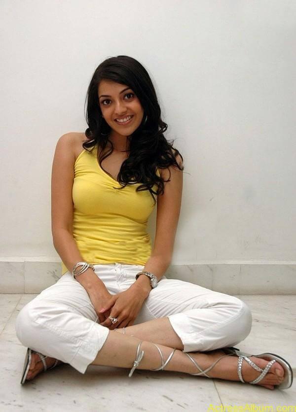 sexy-kajal-agarwal-wallpaers_4552