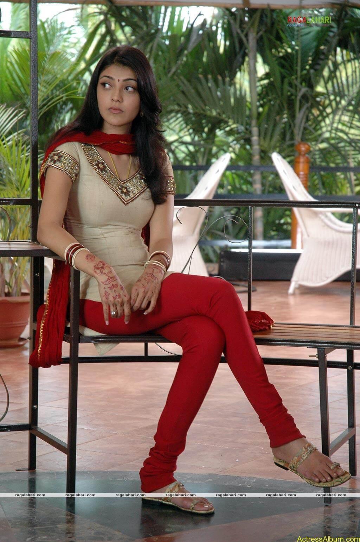 sexy-kajal-agarwal-wallpaers_4561