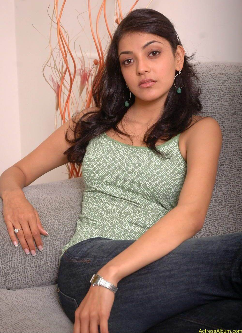 sexy-kajal-agarwal-wallpaers_4565