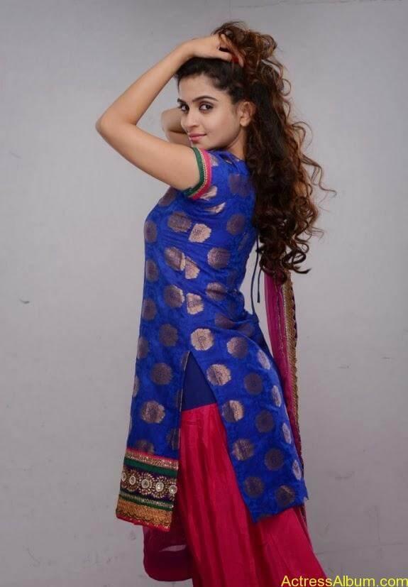Sheena shahabadi photos (5)