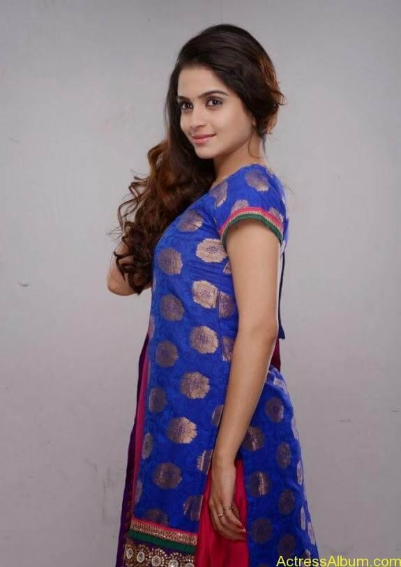 Sheena shahabadi photos (9)