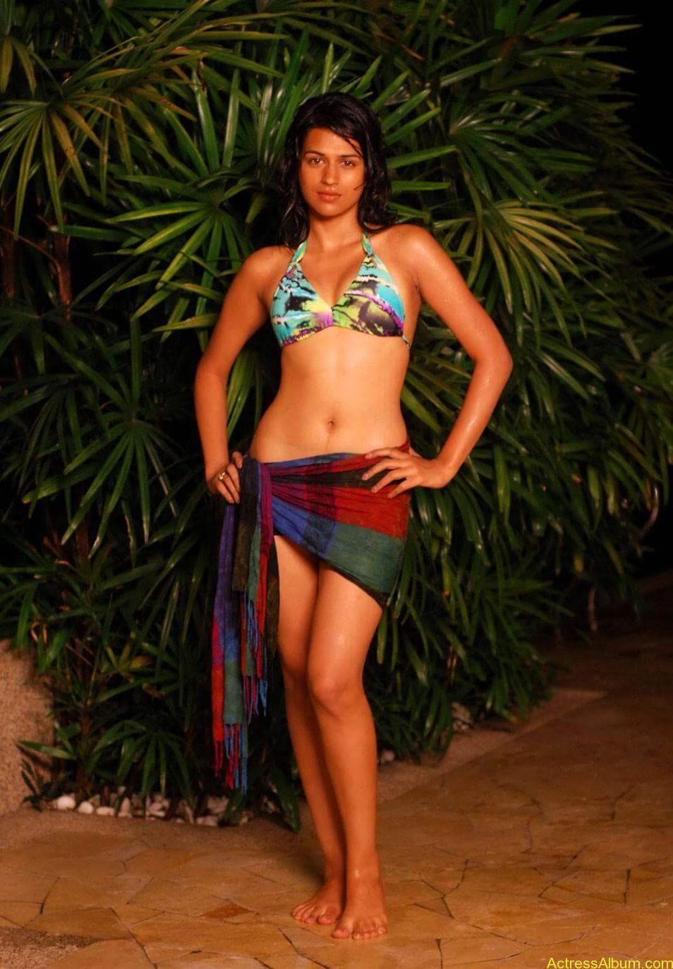 Shraddha-Das-Bikini-Photos-cf-010