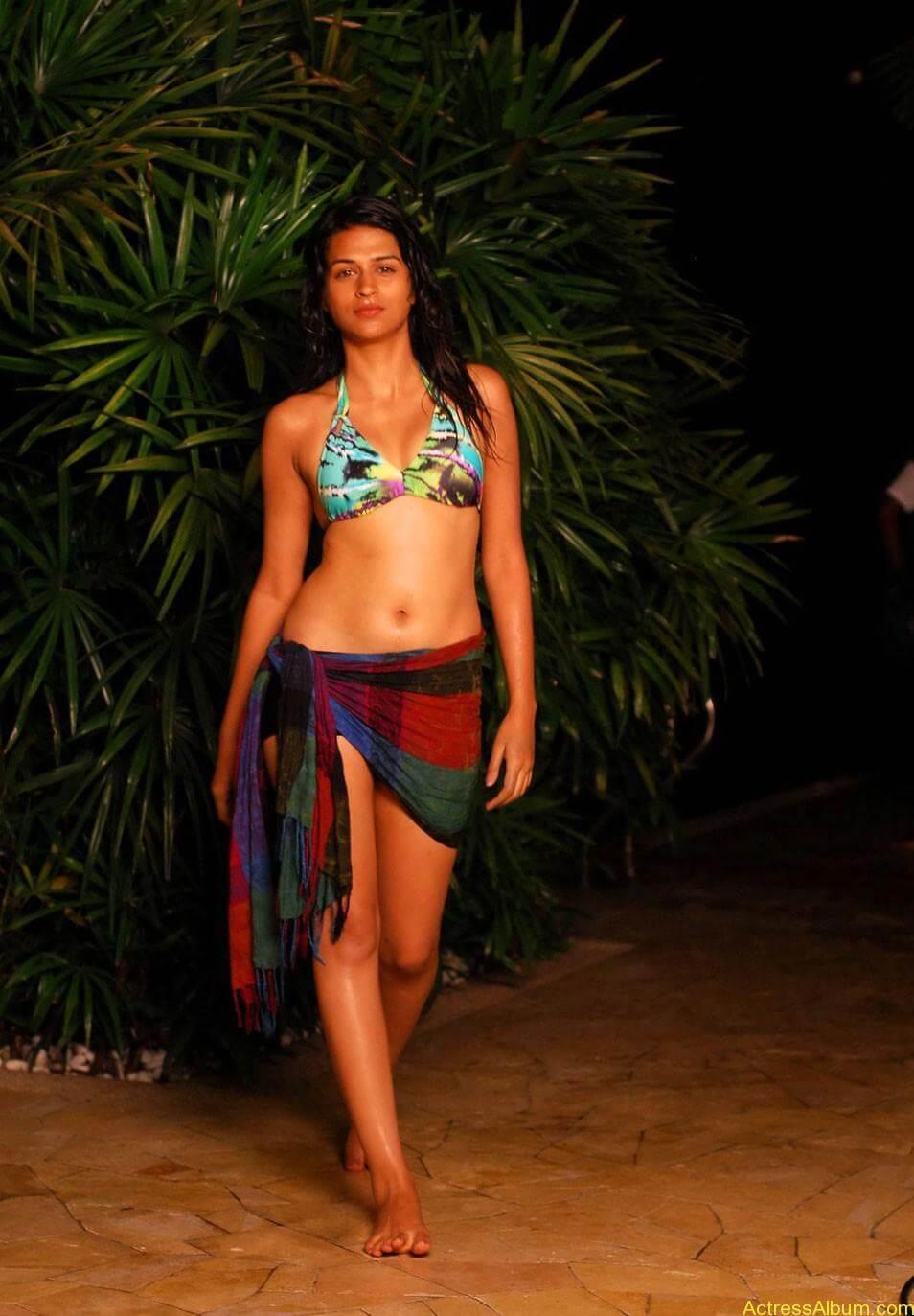 Shraddha-Das-Bikini-Photos-cf-02