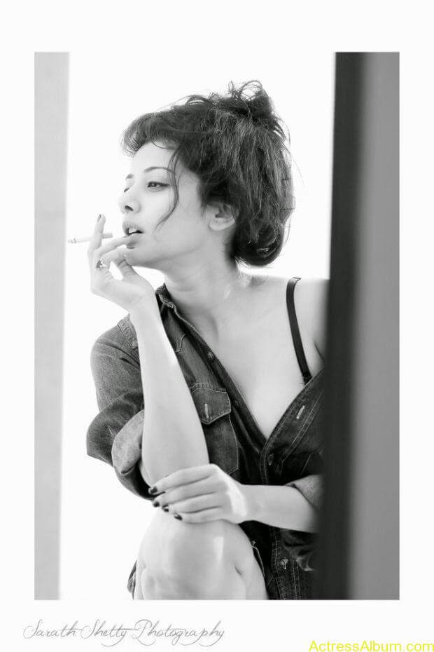 Shruti Yugal Smoking hot photo shoot (10)
