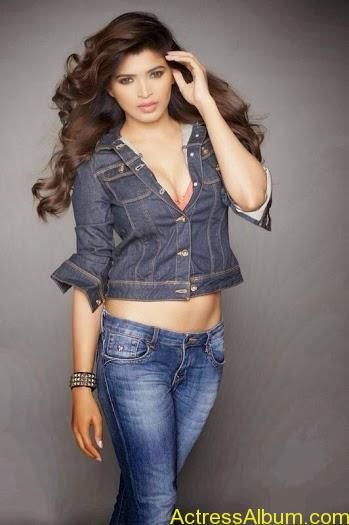 SoodhuKavvum- Movie- actress Sanchita-Shetty Latest- Hot stills  (5)