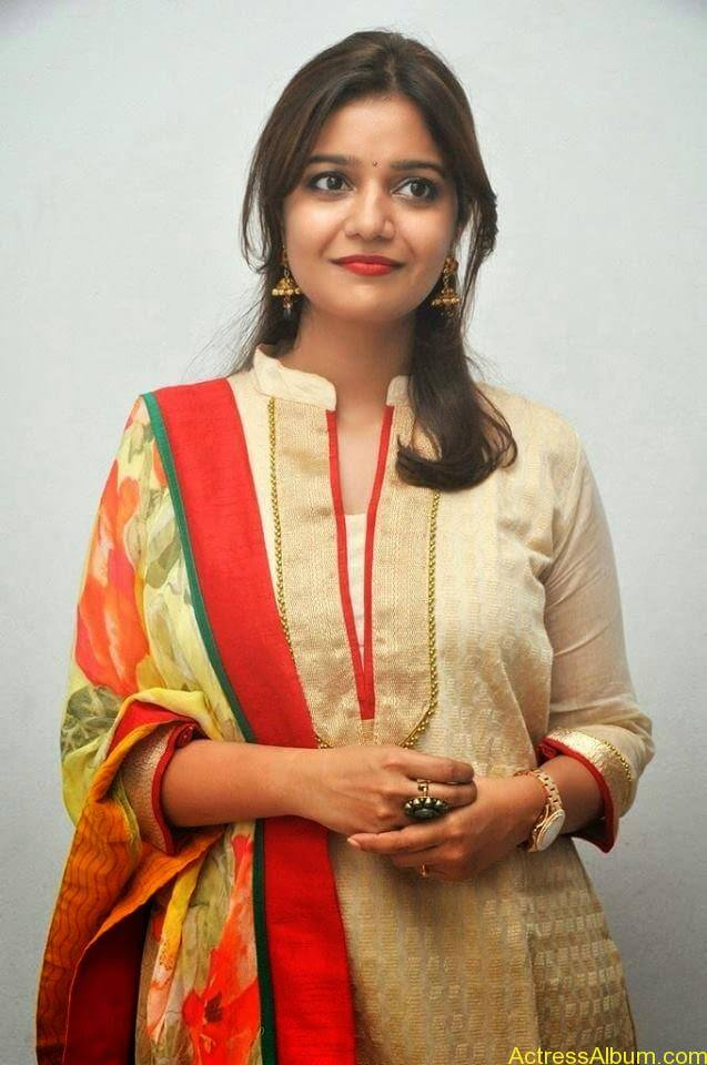Swathi latest hot stills (5)