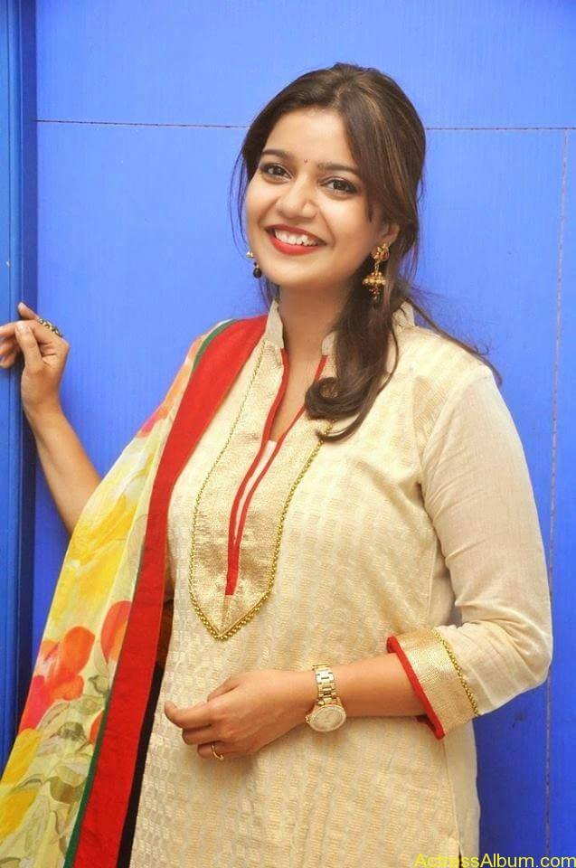 Swathi latest hot stills (6)