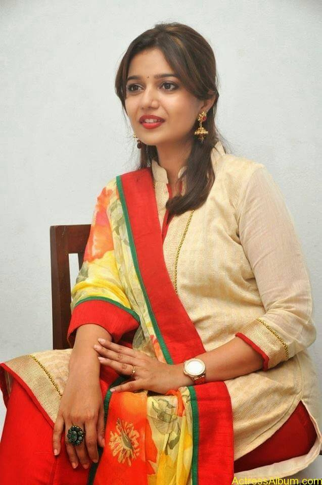 Swathi latest hot stills (8)