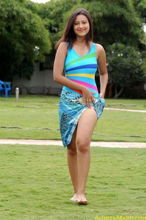 Tamil actress Madasala sharma bikni pics 4