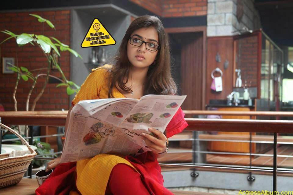 Tamil Actress Nazriya Nazim Cute images 13