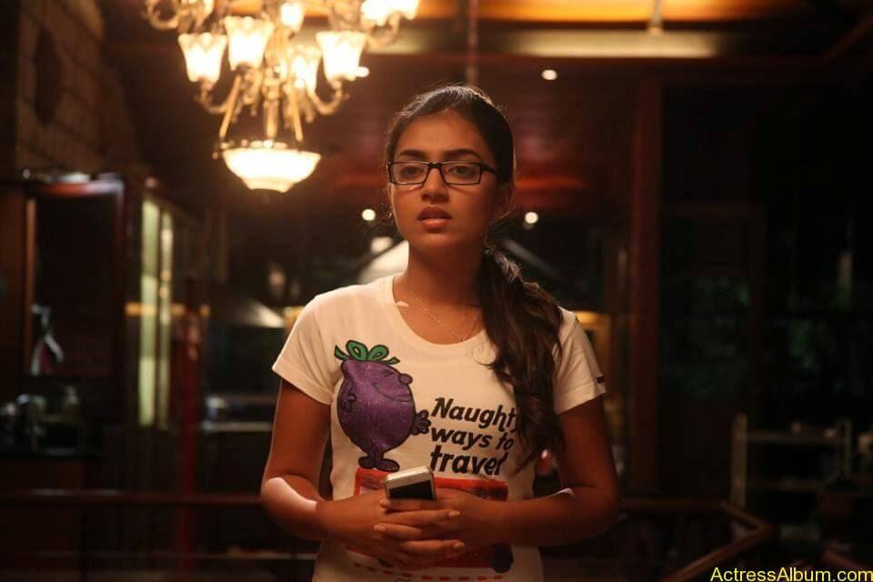Tamil Actress Nazriya Nazim Cute images 15