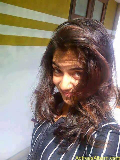 Tamil Actress Nazriya Nazim Cute images 2