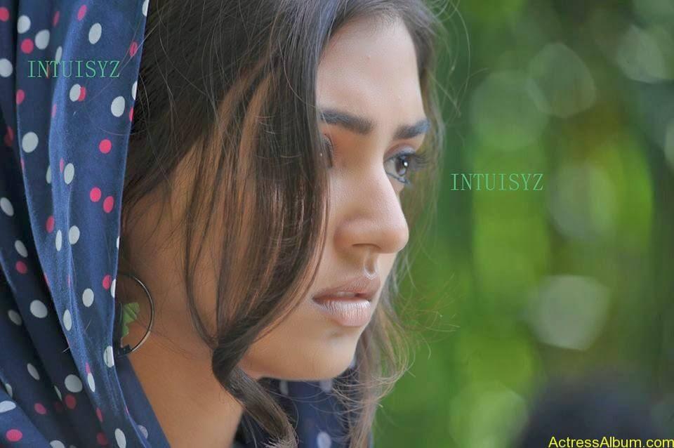 Tamil Actress Nazriya Nazim Cute images 7