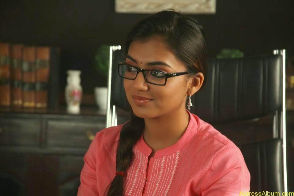Tamil Actress Nazriya Nazim Cute images 8