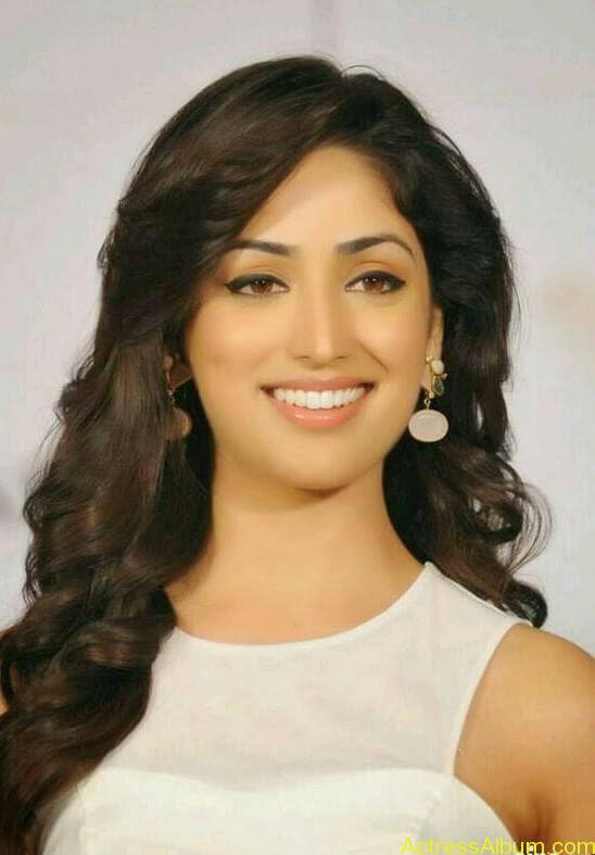 Tamil Actress Yami Gautam Hot Images 6