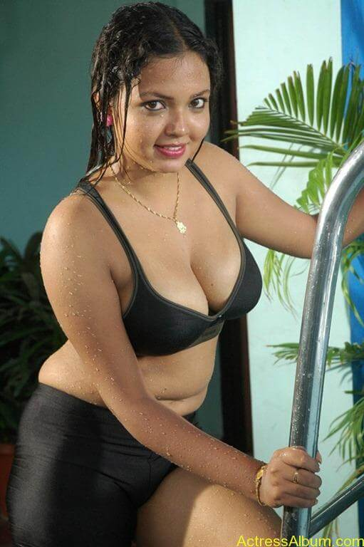 Tamil movie item song actress swimsuit pics actress album for Hot images blog