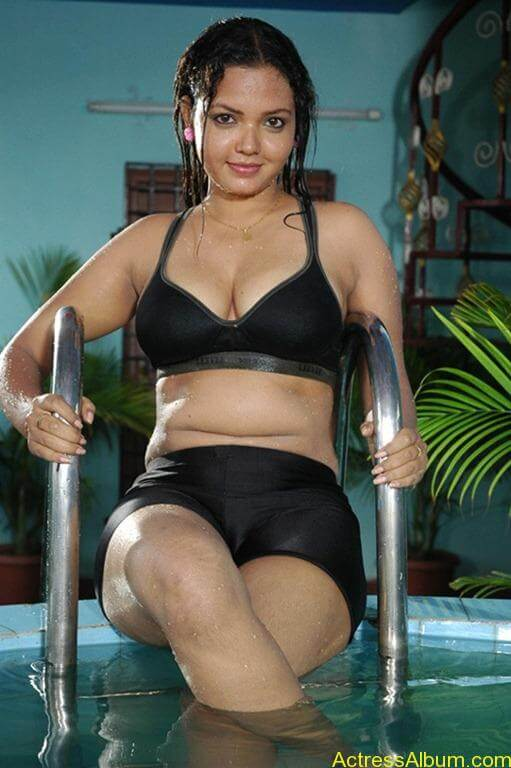 Tamil movie item song actress swimsuit pics 7