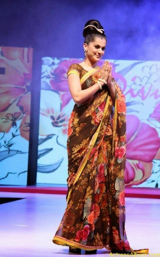 Tapsee  Saree stills (7)