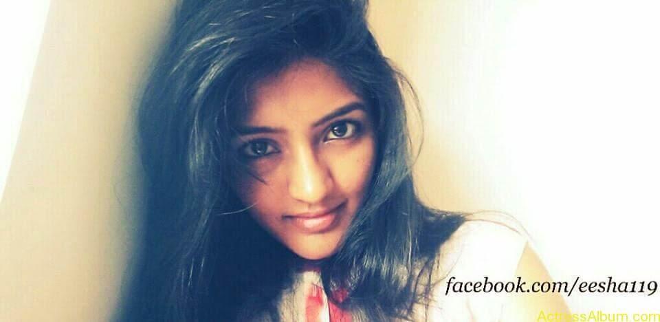 Telugu Actress Eesha's Personal Hot Pics 2