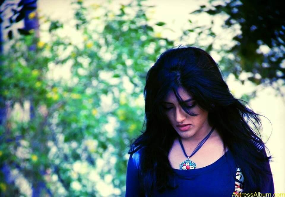 Telugu Actress Eesha's Personal Hot Pics 3