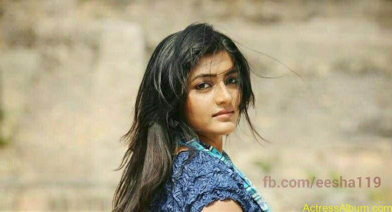 Telugu Actress Eesha's Personal Hot Pics 9