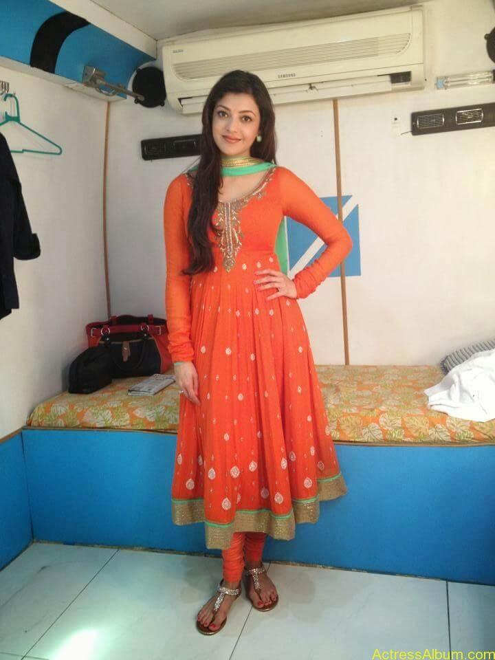 Telugu Actress kajal Agarwal Hot & Horny Pics 10