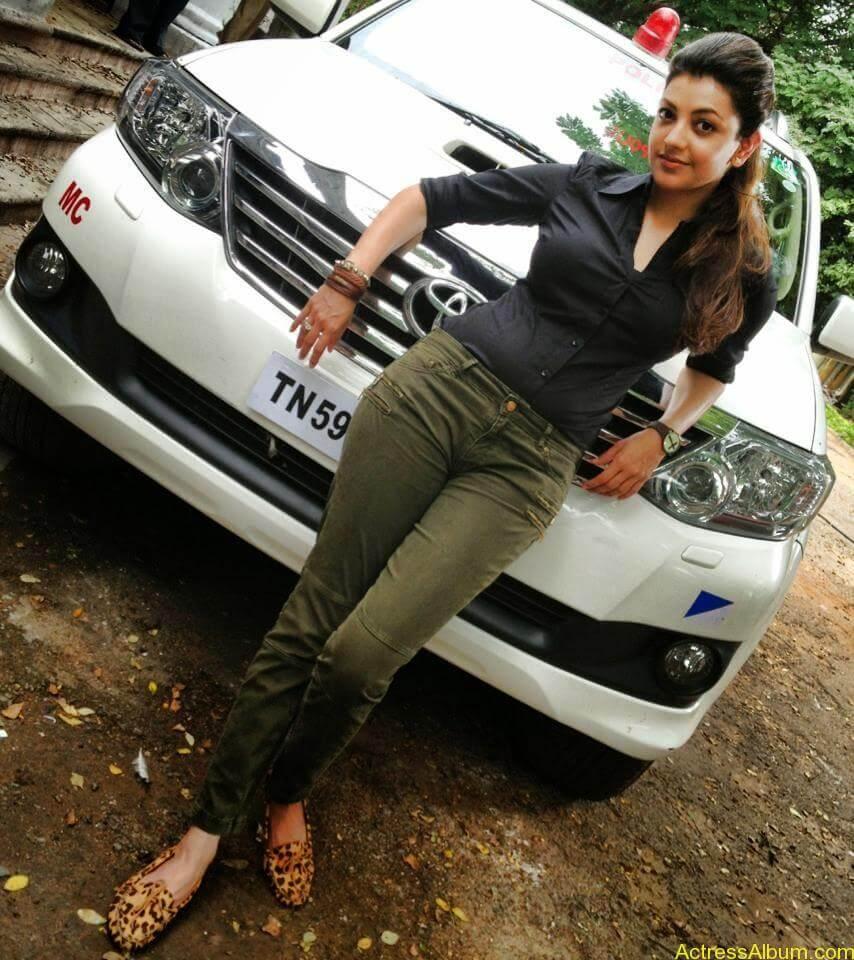 Telugu Actress kajal Agarwal Hot & Horny Pics 11