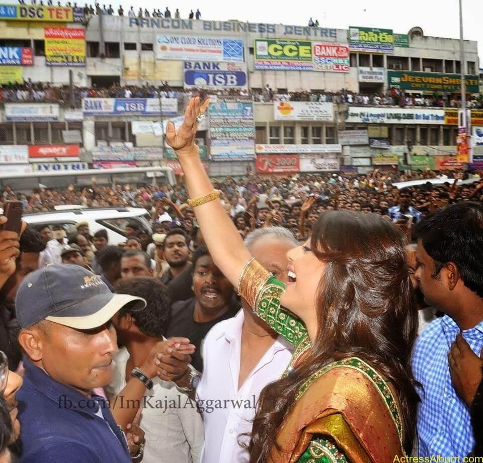 Telugu Actress kajal Agarwal Hot & Horny Pics 14