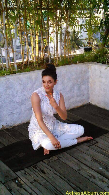 Telugu Actress kajal Agarwal Hot & Horny Pics 22