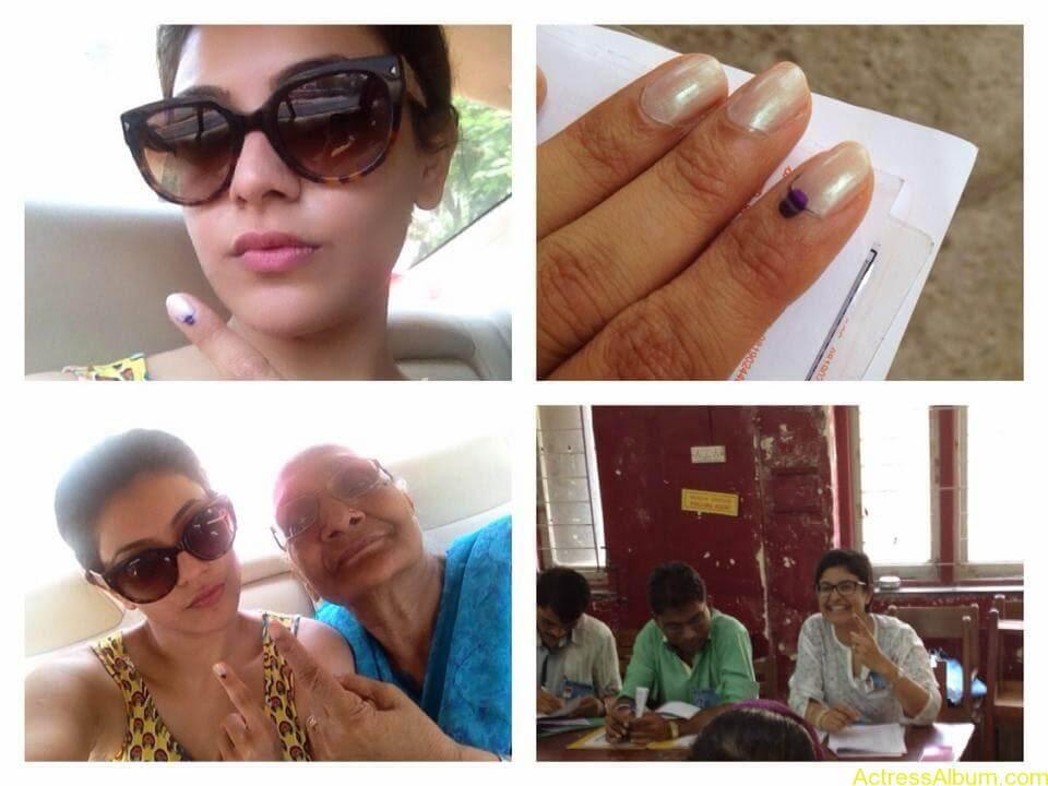 Telugu Actress kajal Agarwal Hot & Horny Pics 35