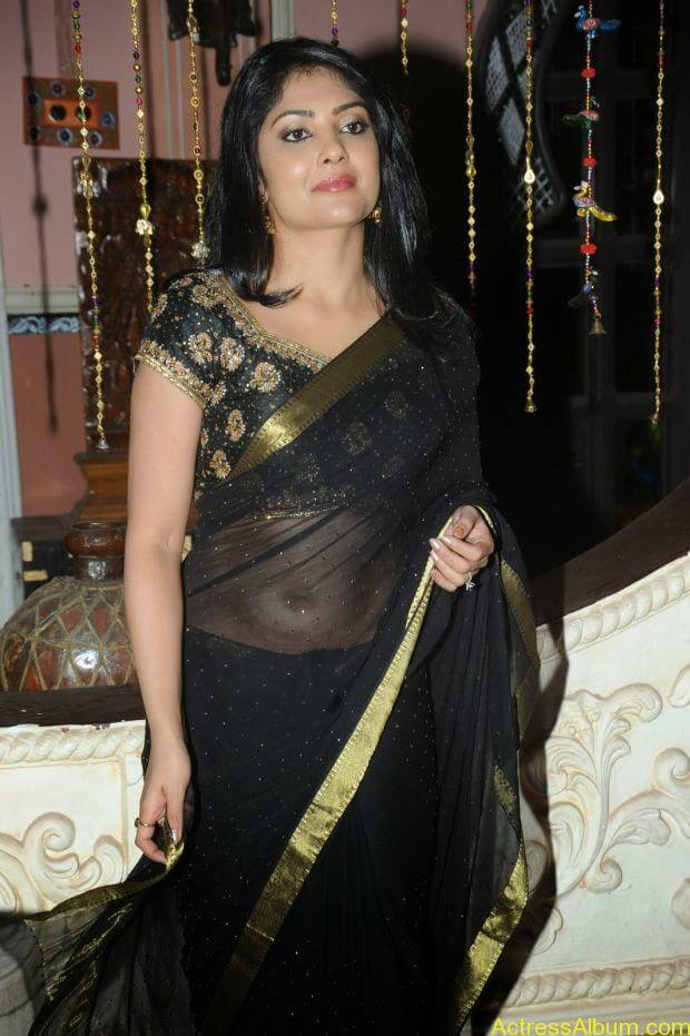 Telugu Actress Kamilini Mukarjee hot in black transparent saree (4)
