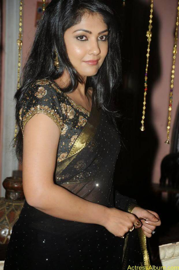 Telugu Actress Kamilini Mukarjee hot in black transparent saree (6)