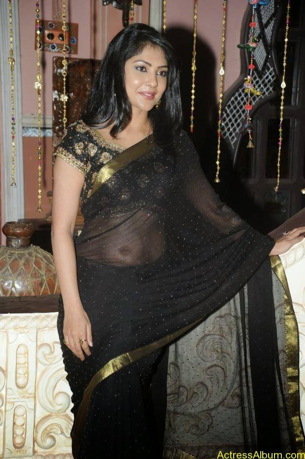 Telugu Actress Kamilini Mukarjee hot in black transparent saree (7)