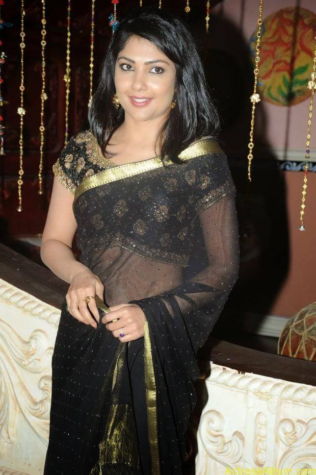 Telugu Actress Kamilini Mukarjee hot in black transparent saree (8)