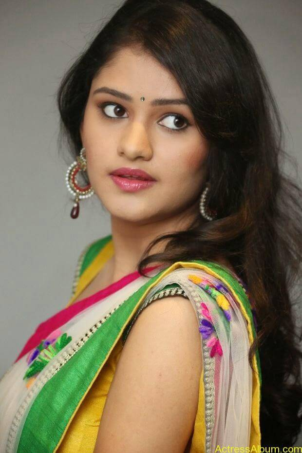 Telugu Actress Khushi hot saree stills  (2)