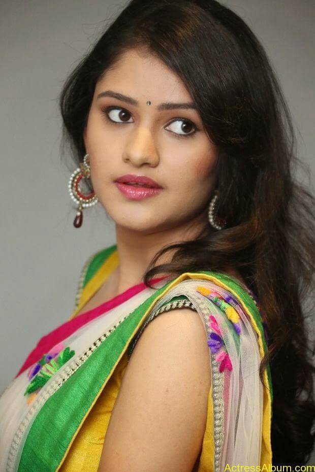 Telugu Actress Khushi hot saree stills  (2)