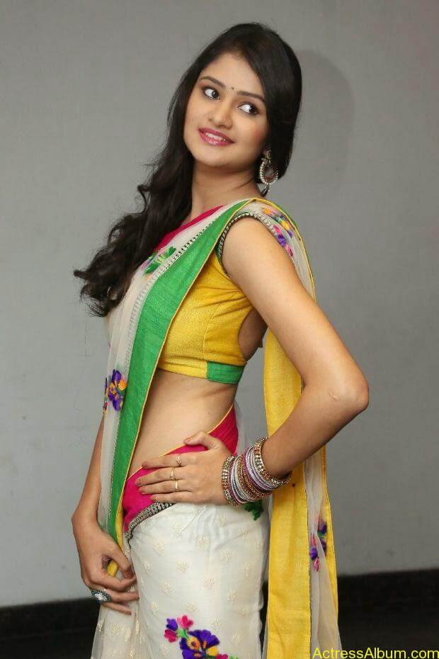 Telugu Actress Khushi hot saree stills  (3)